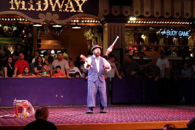 Circus Circus Midway Act