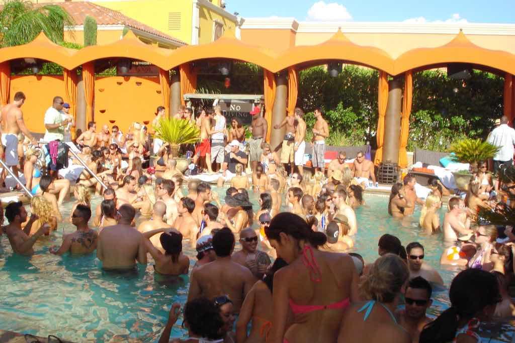 Pool party Las Vegas