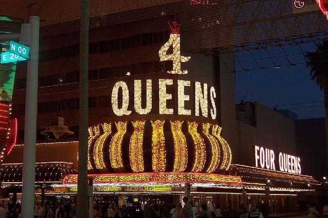 4 Queens Casino Fremont Street Las Vegas