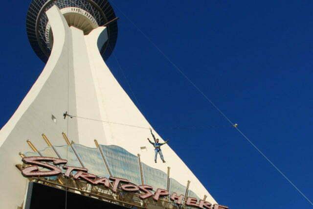 skyjump attraction sensation forte strat tower las vegas 640427